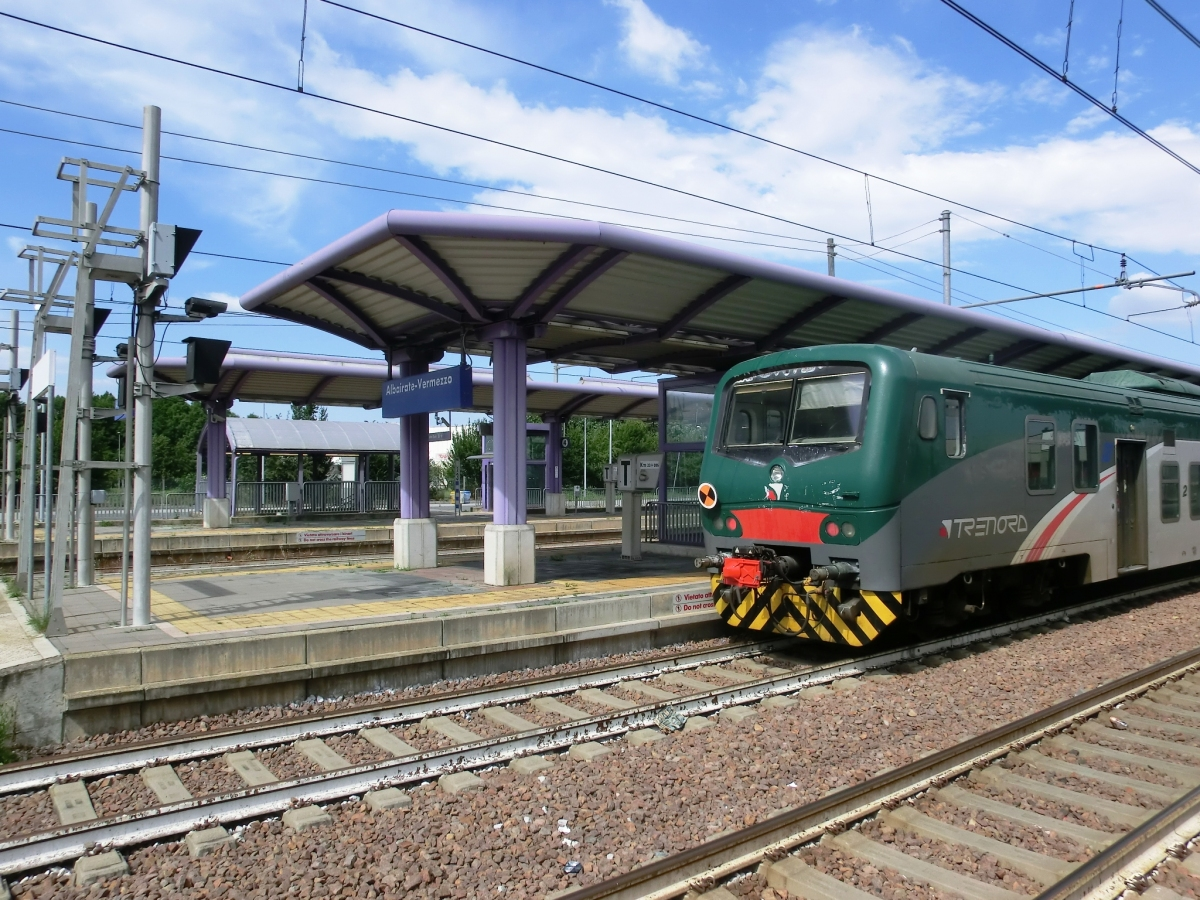 Media File No. 341940 Albairate-Vermezzo Station