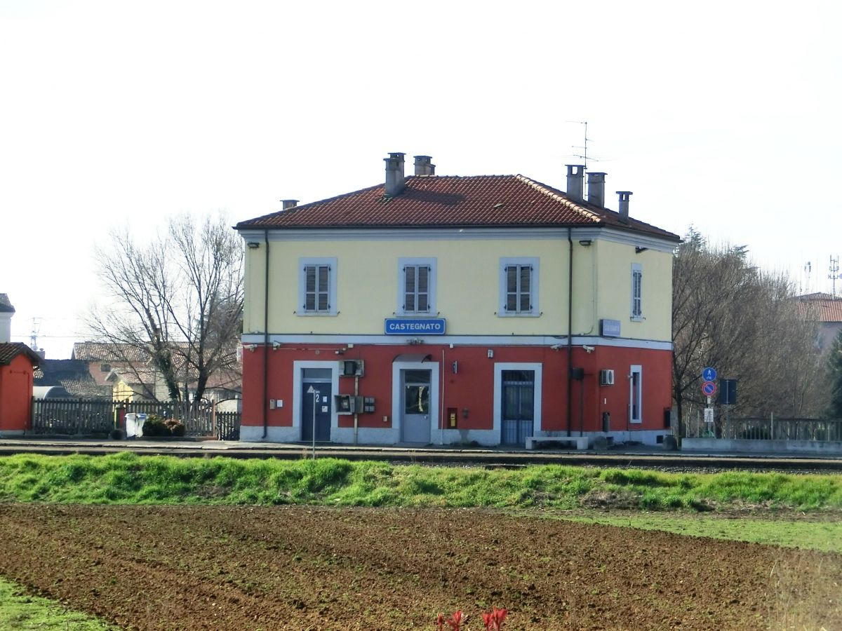 Castegnato Railway Station