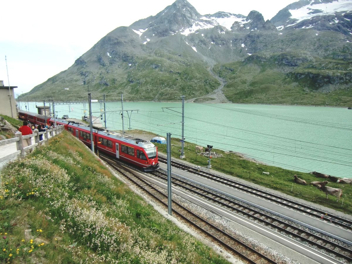Bernina Line at Ospizio Bernina