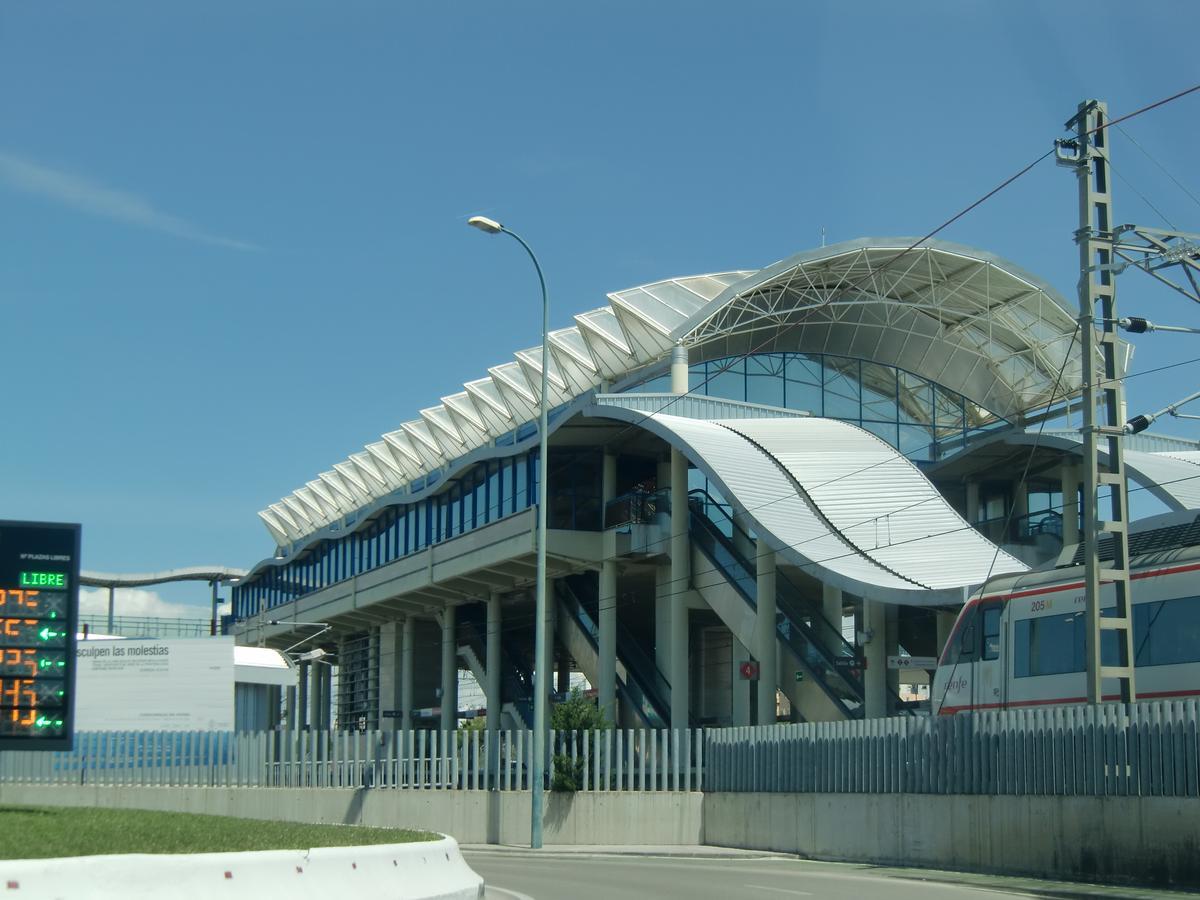 Bahnhof San Fernando-Bahía Sur