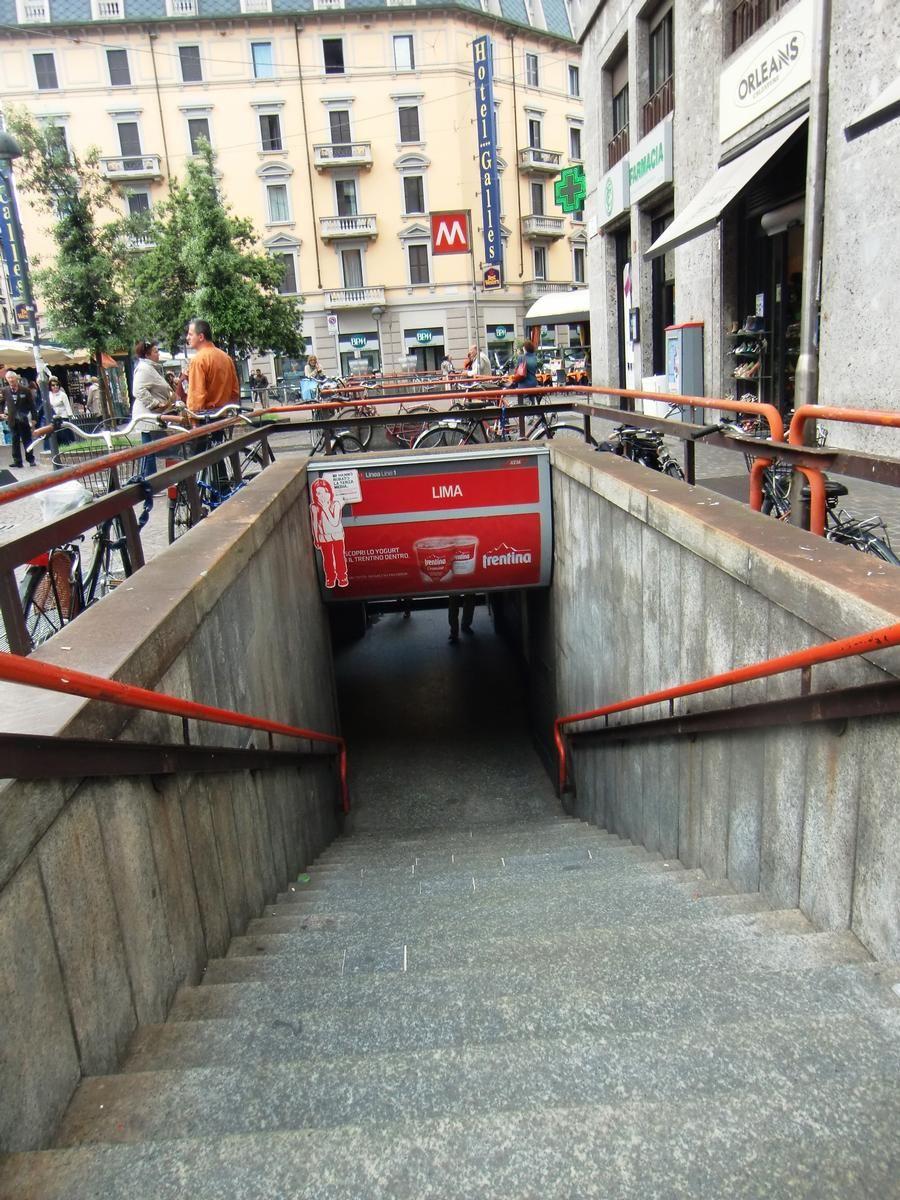 Lima Metro Station, access