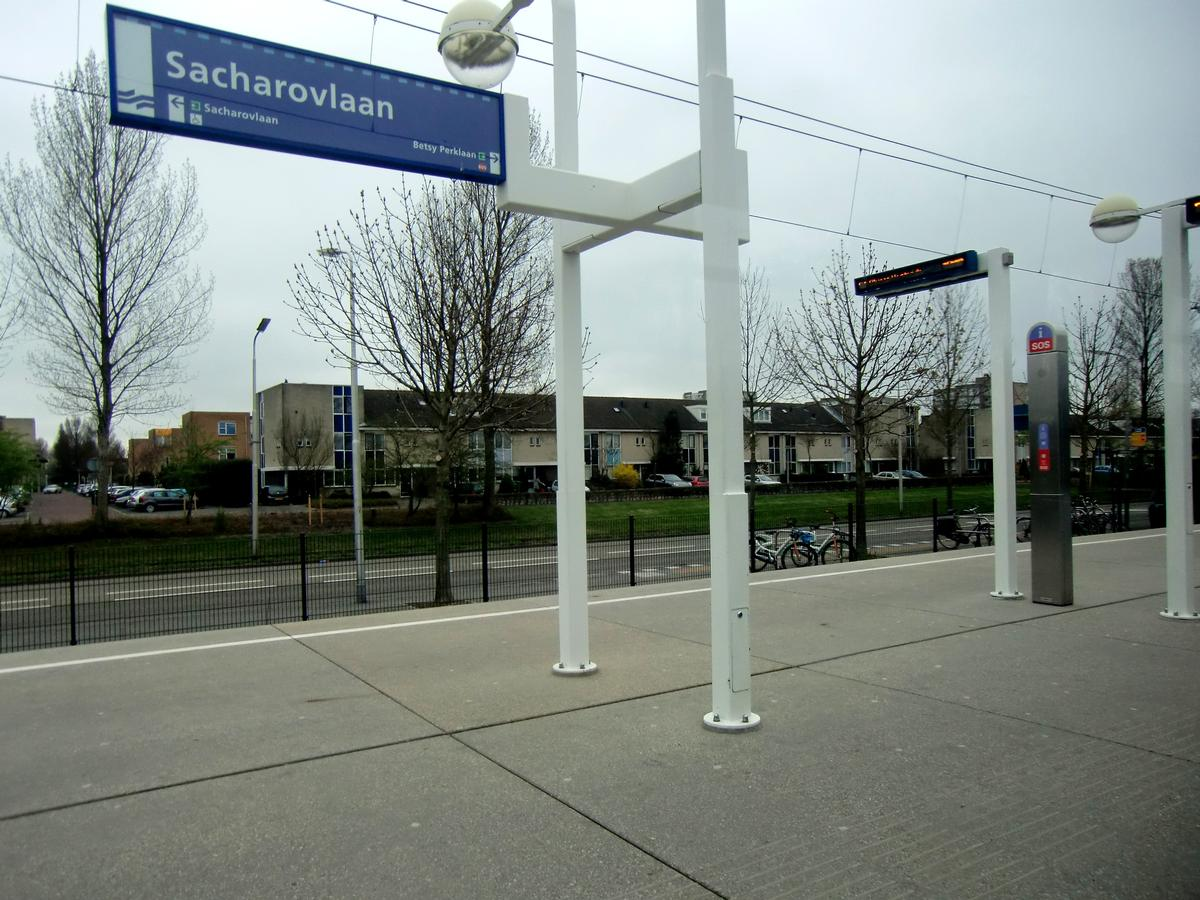 Station de métro Sacharovlaan