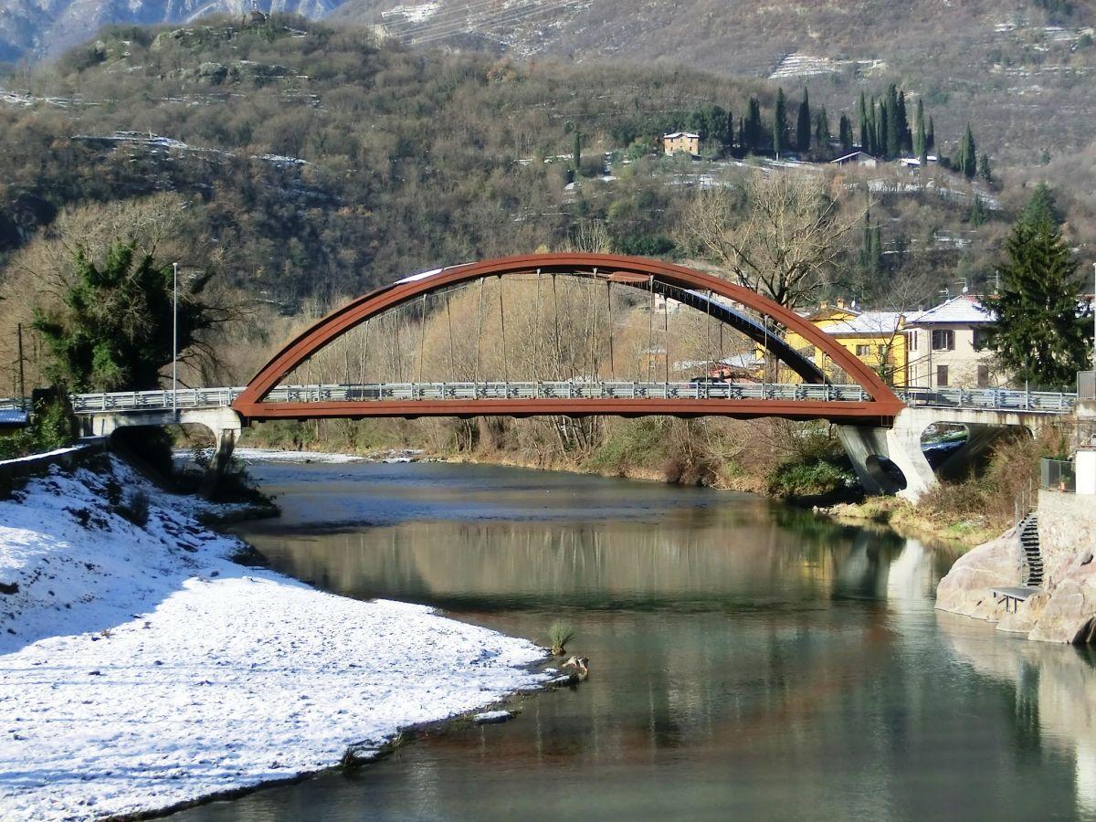 Neue Ogliobrücke Montecchio