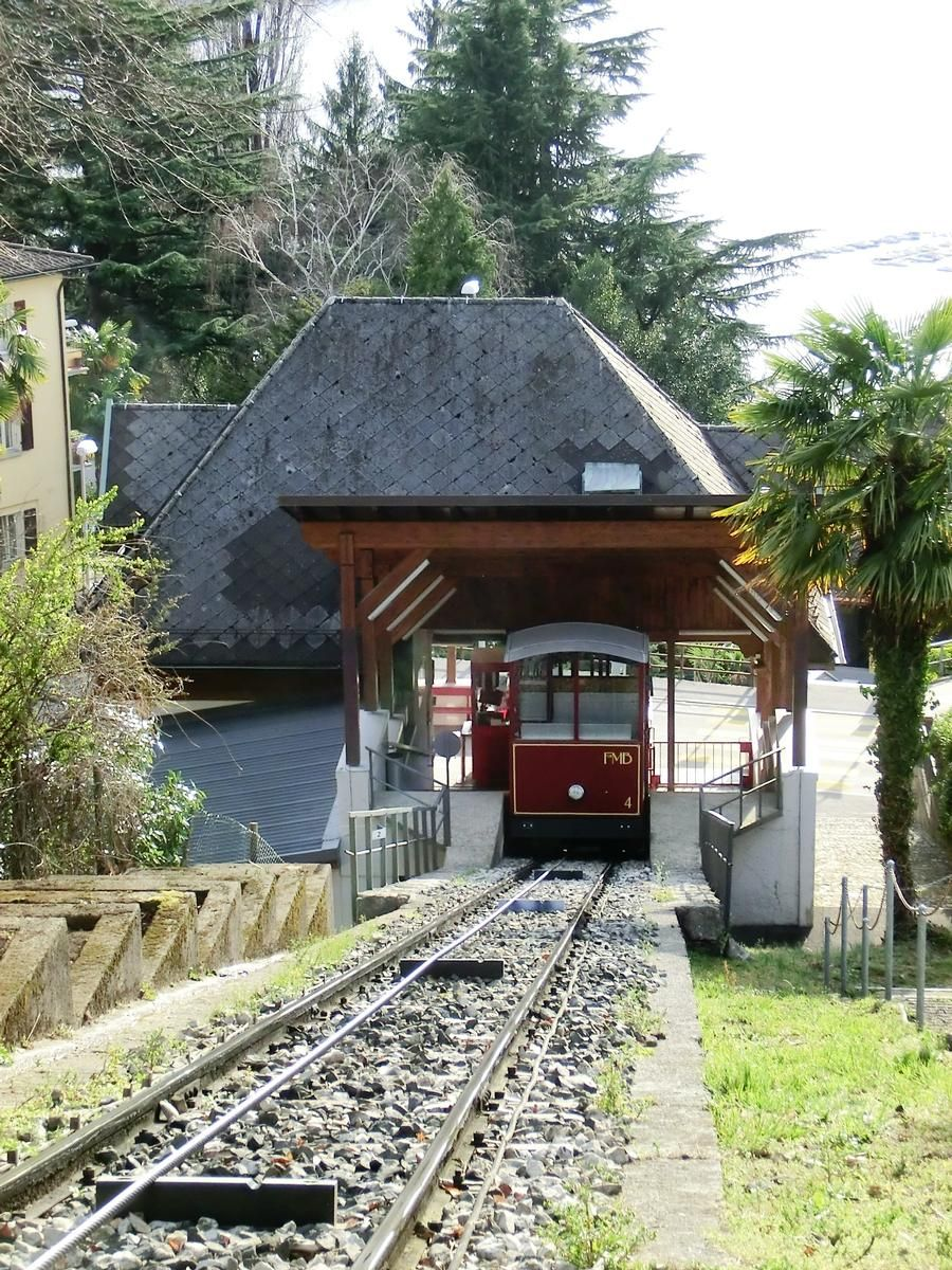 Cassarate-Monte Brè Funicular, Suvigliana second section station