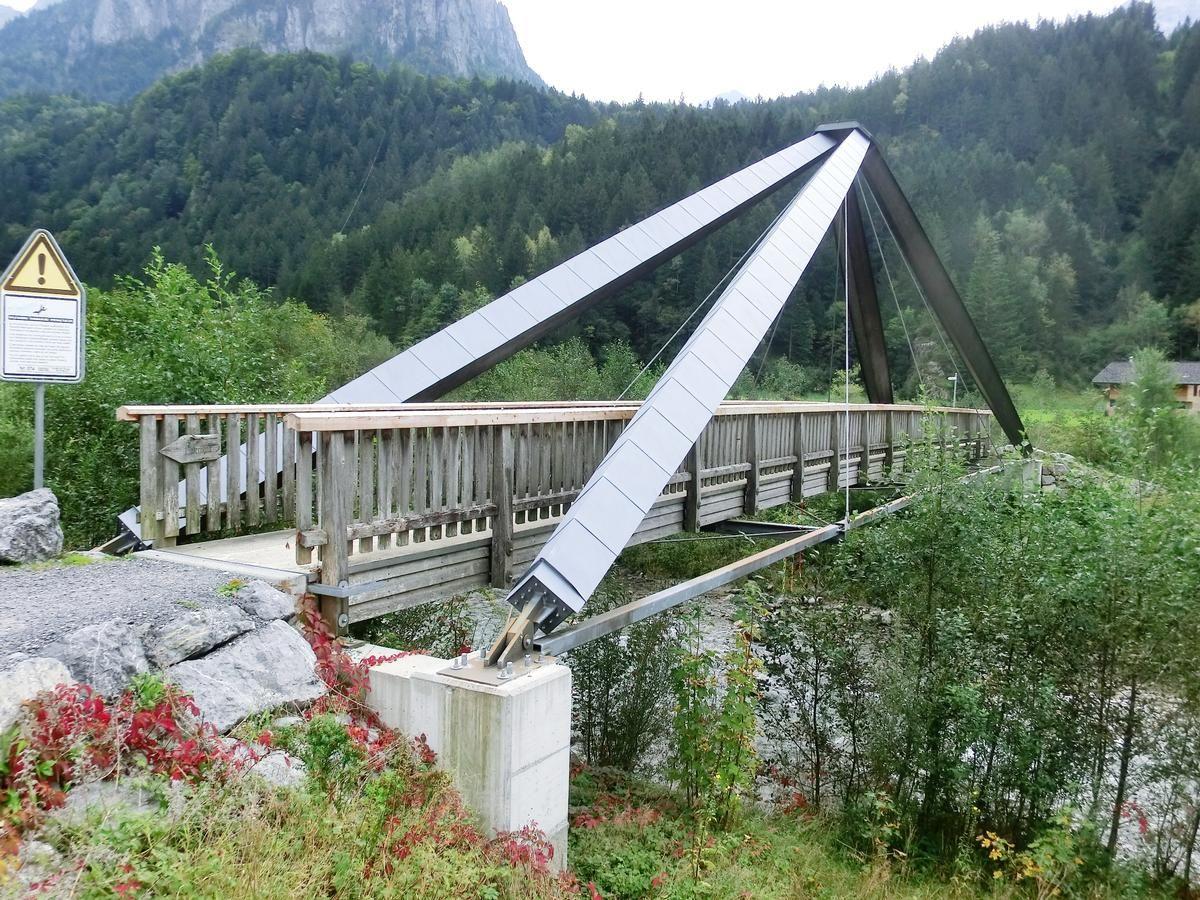 Geh- und Radwegbrücke Grundey