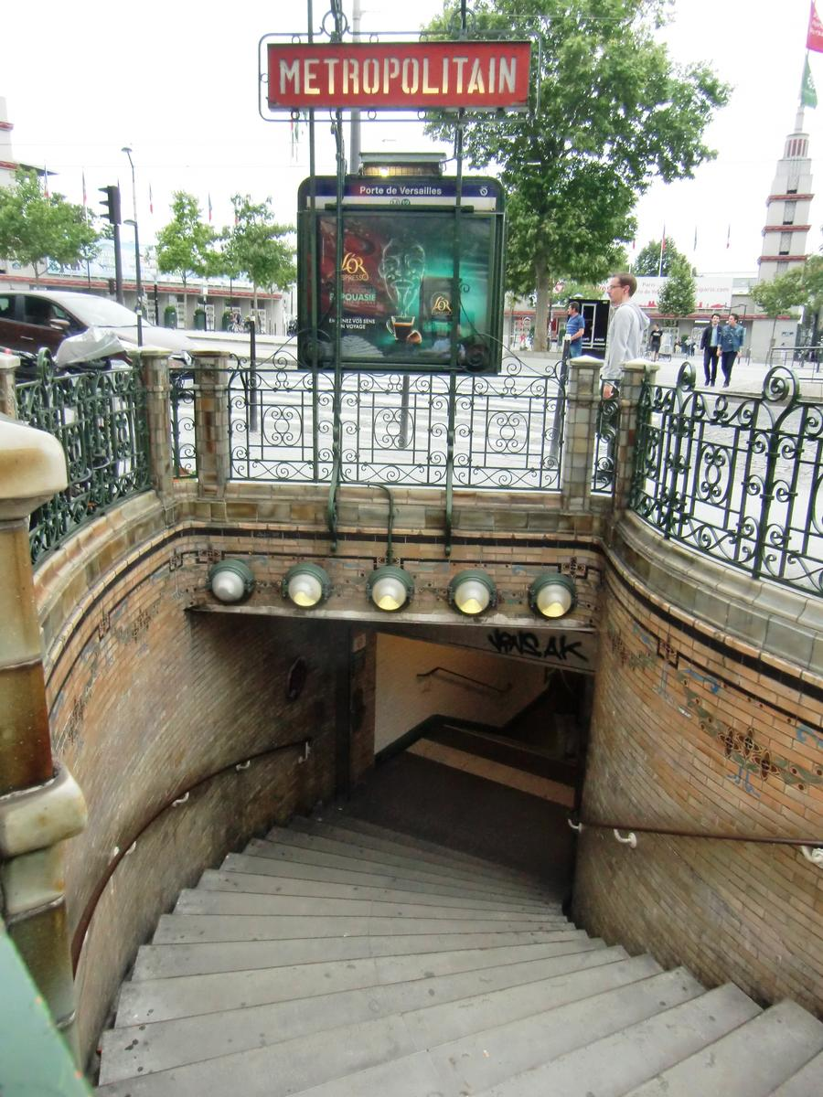 porte de versailles metro station 15 th 1910 structurae