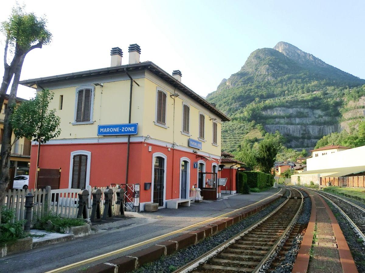 Marone-Zone Station
