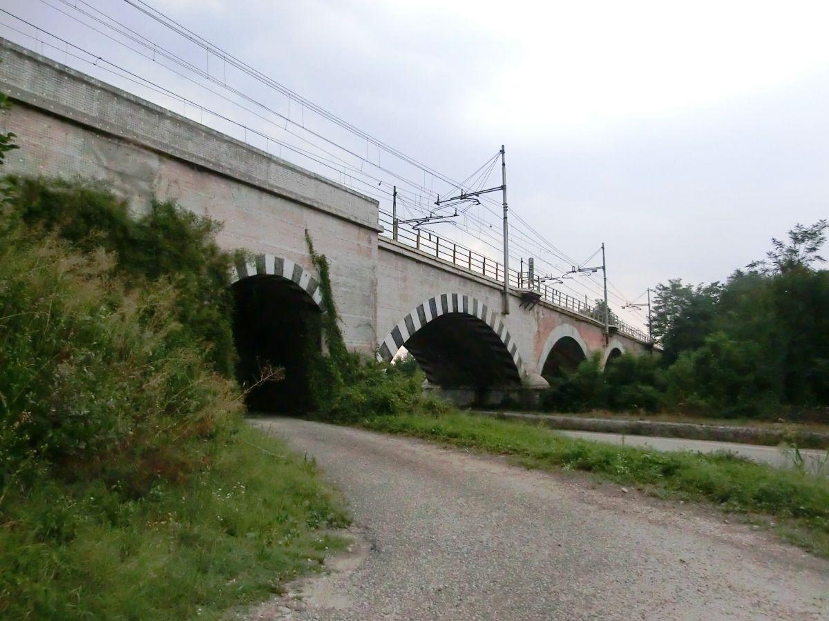 Pont de Savena