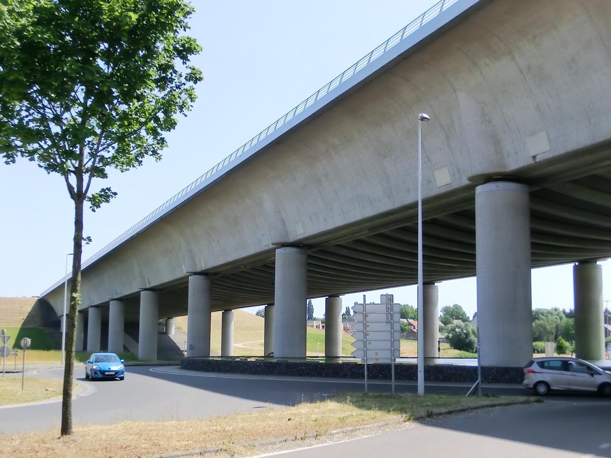Pont Canal Du Sart Houdeng Aimeries 2002 Structurae