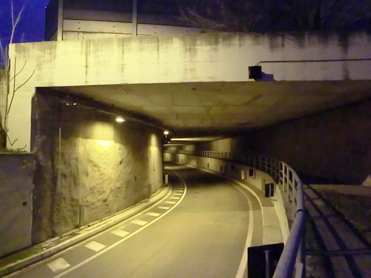 Tunnel Via Paganini