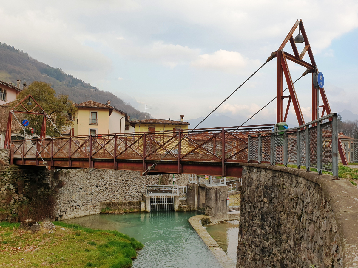 Borlezza Footbridge
