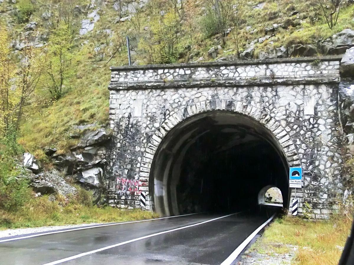 Tre Fiumi Tunnel southern portal