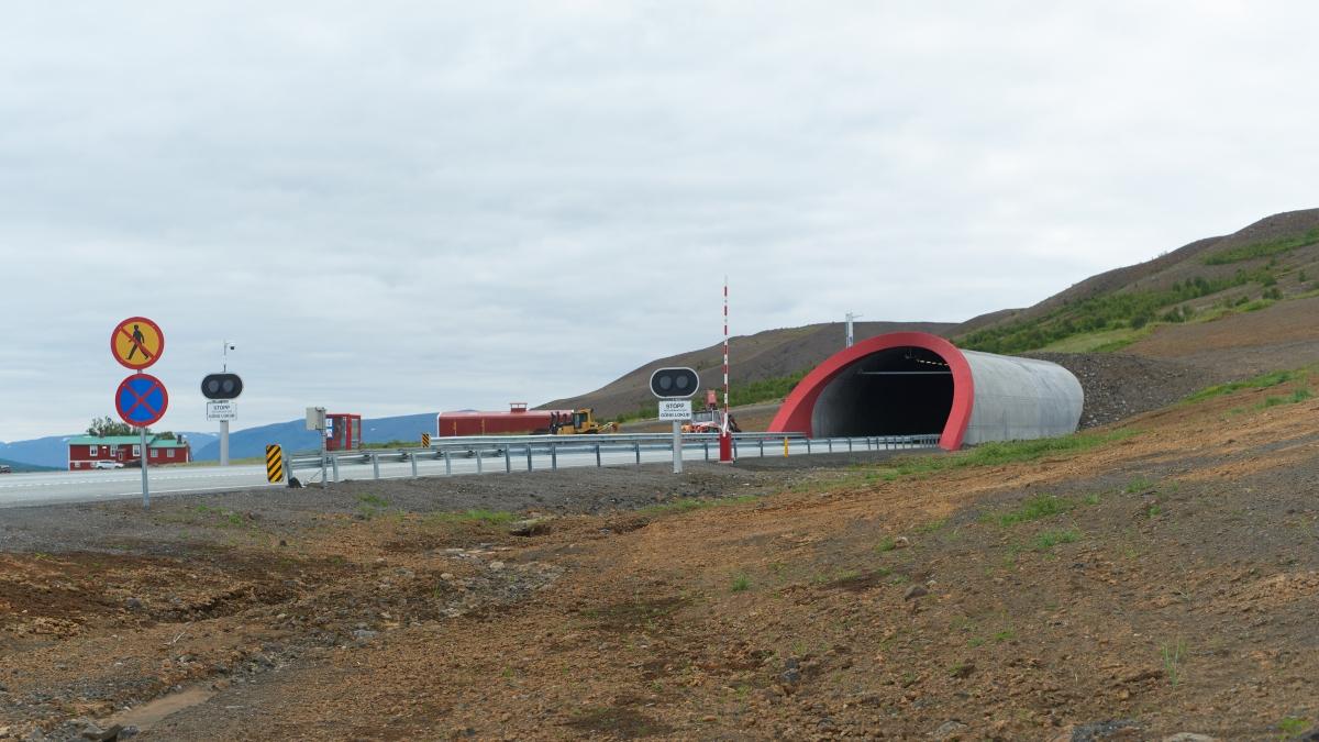 Vaðlaheiðargöng