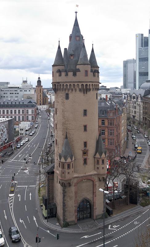 Eschenheimer Turm Kino