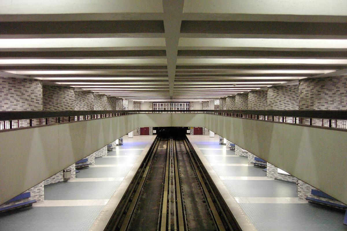 Montreal Metro Green Line - Place-des-Arts Station