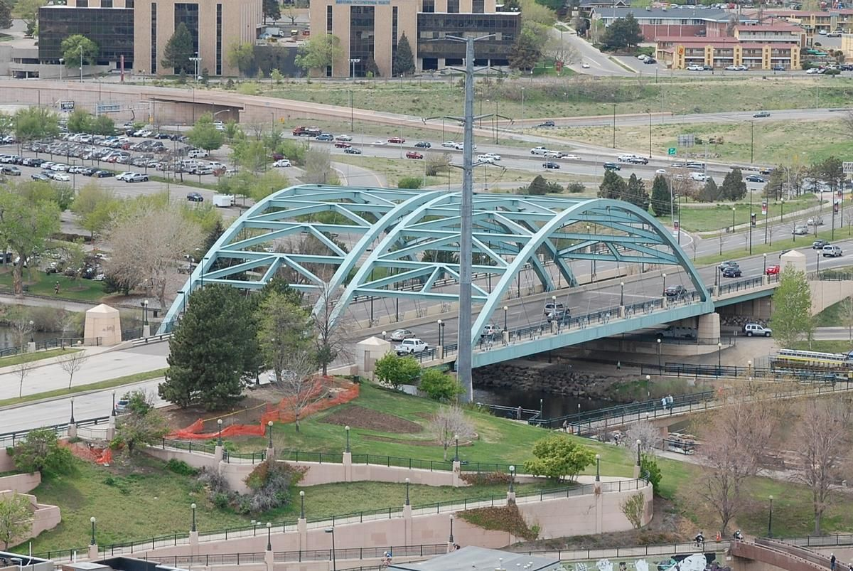 Speer Boulevard Platte River Bridge - Distant, elevated view from the east.