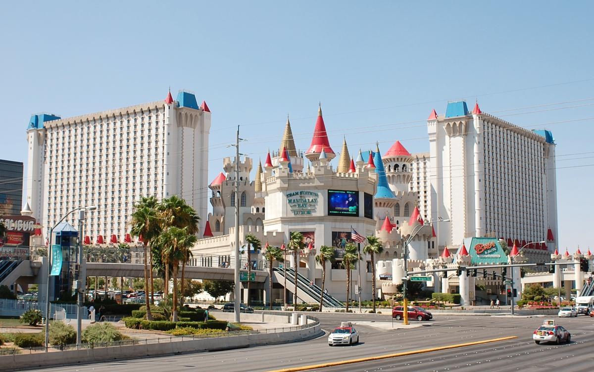 Excalibur Hotel Casino Las Vegas 1990 Structurae