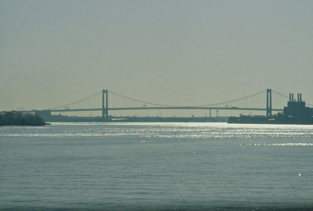 Walt Whitman Bridge, viewed from Penn's Landing, Philadelphia.