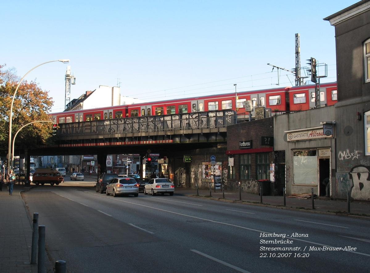 Sternbrücke Hamburg