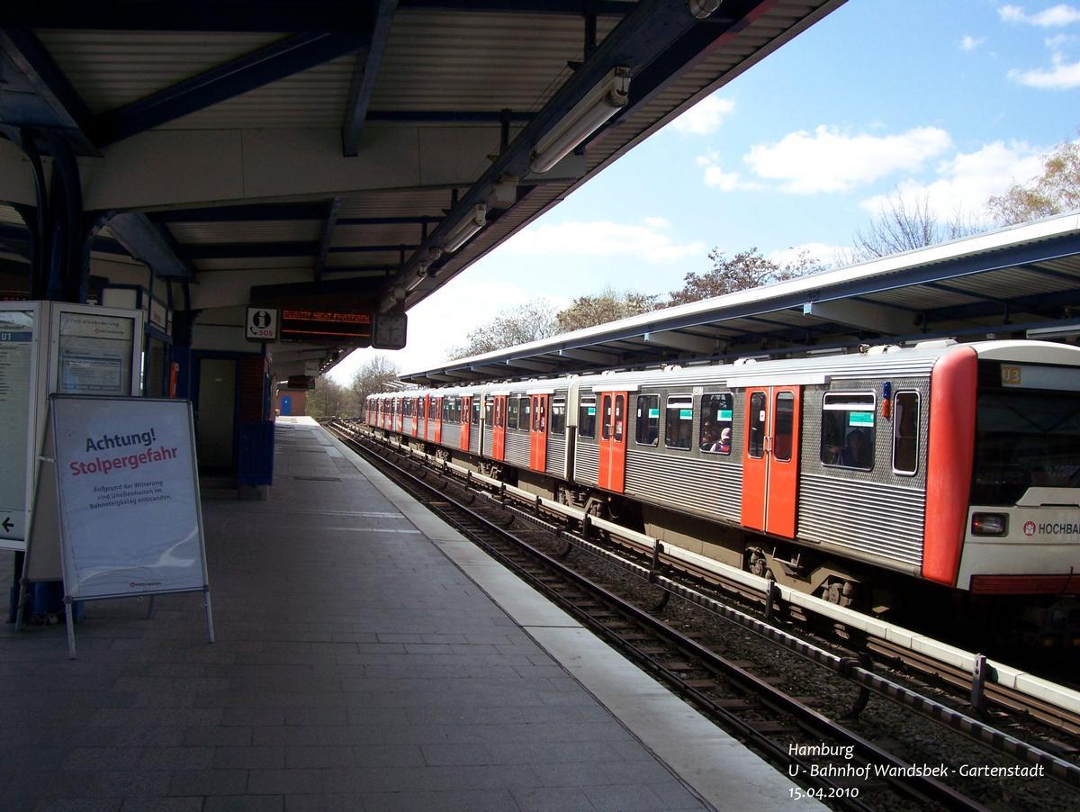 U 1 Subway Line (Hamburg) – U 3 Subway Line (Hamburg) – Wandsbek-Gartenstadt Metro Station