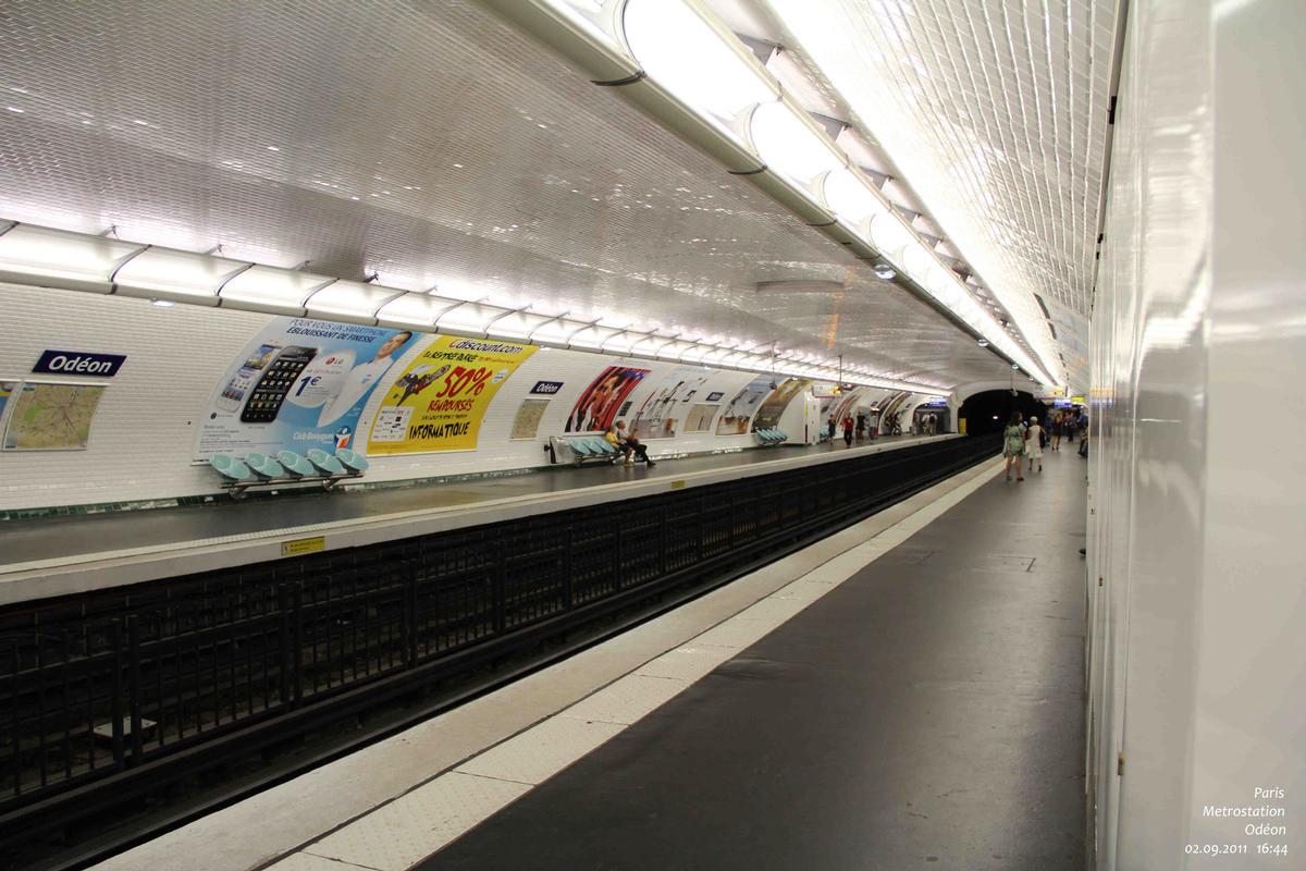 Odéon Metro Station