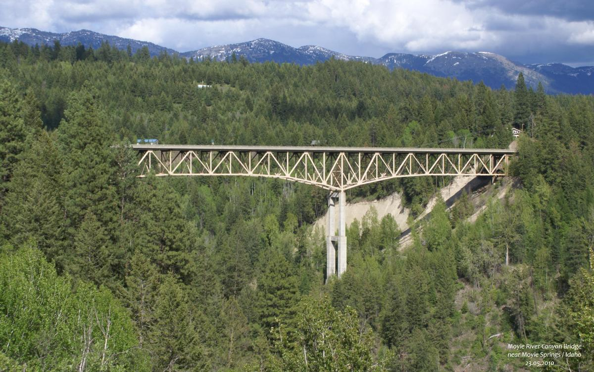 moyie springs Located near bonners ferry, idaho, just 30 miles south of the canadian border, this facility covers 318 acres with a 48-acre satellite yard opposite the plant.