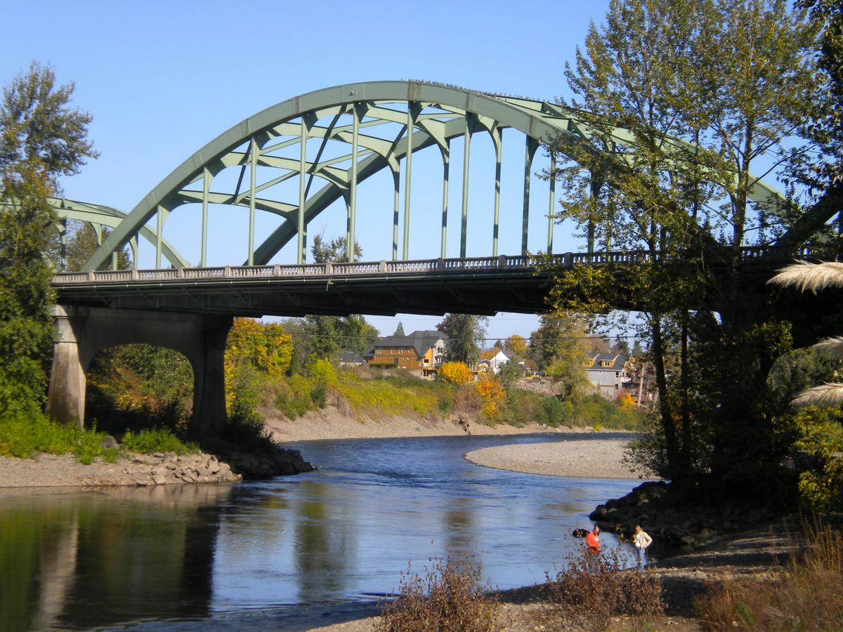Dr. John McLoughlin Bridge