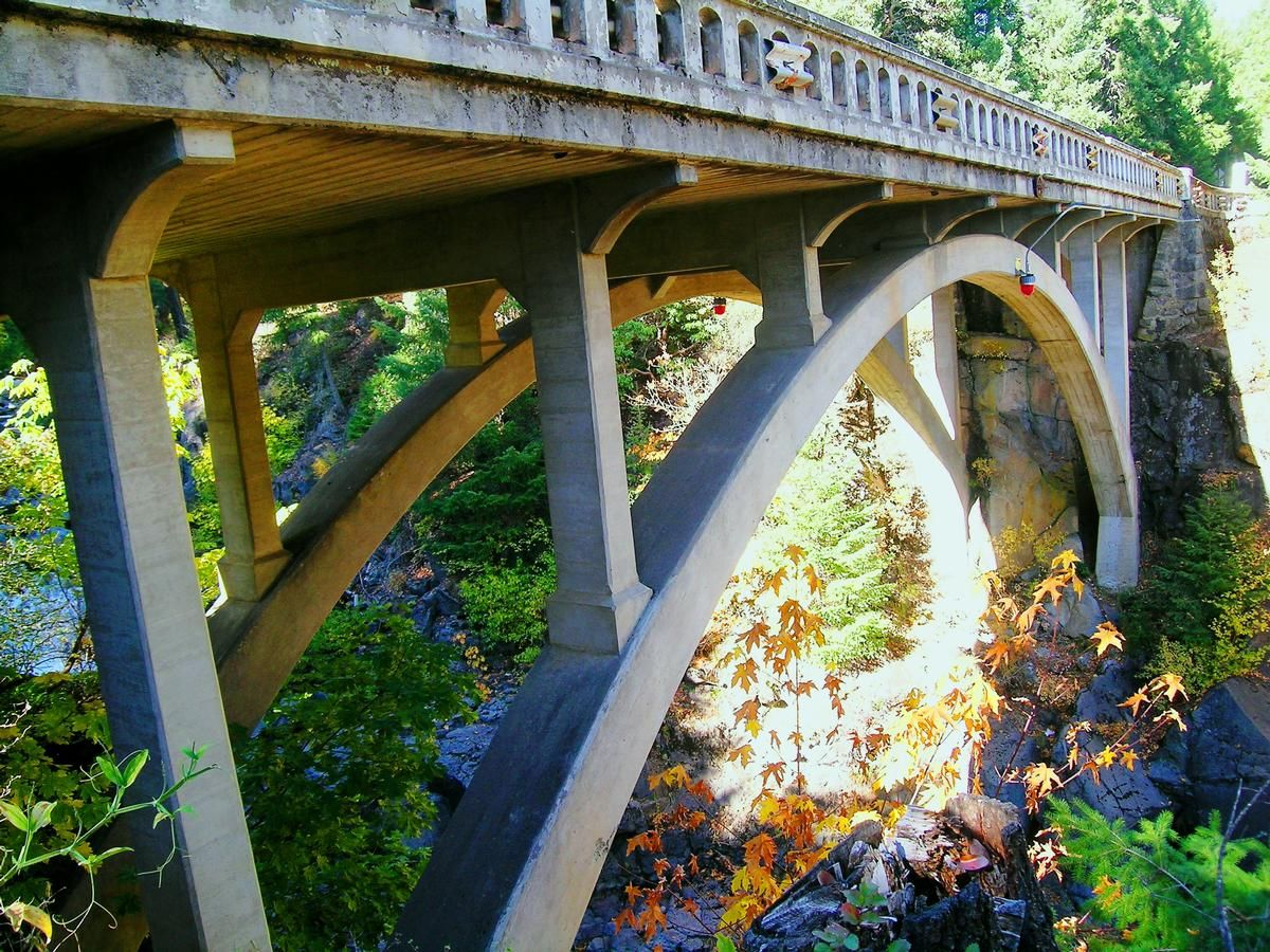 Upper Rogue River Bridge