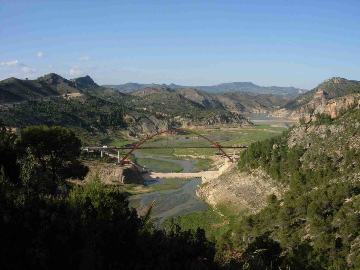 Bogenbrücke La Vicaria