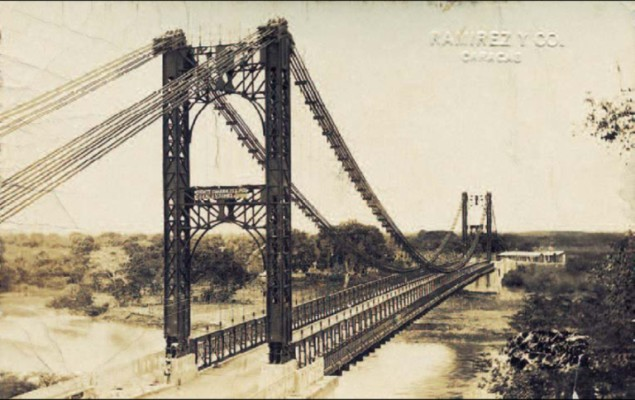 Puente General Juan Vicente Gómez (post card) at the time of its opening in 1930.