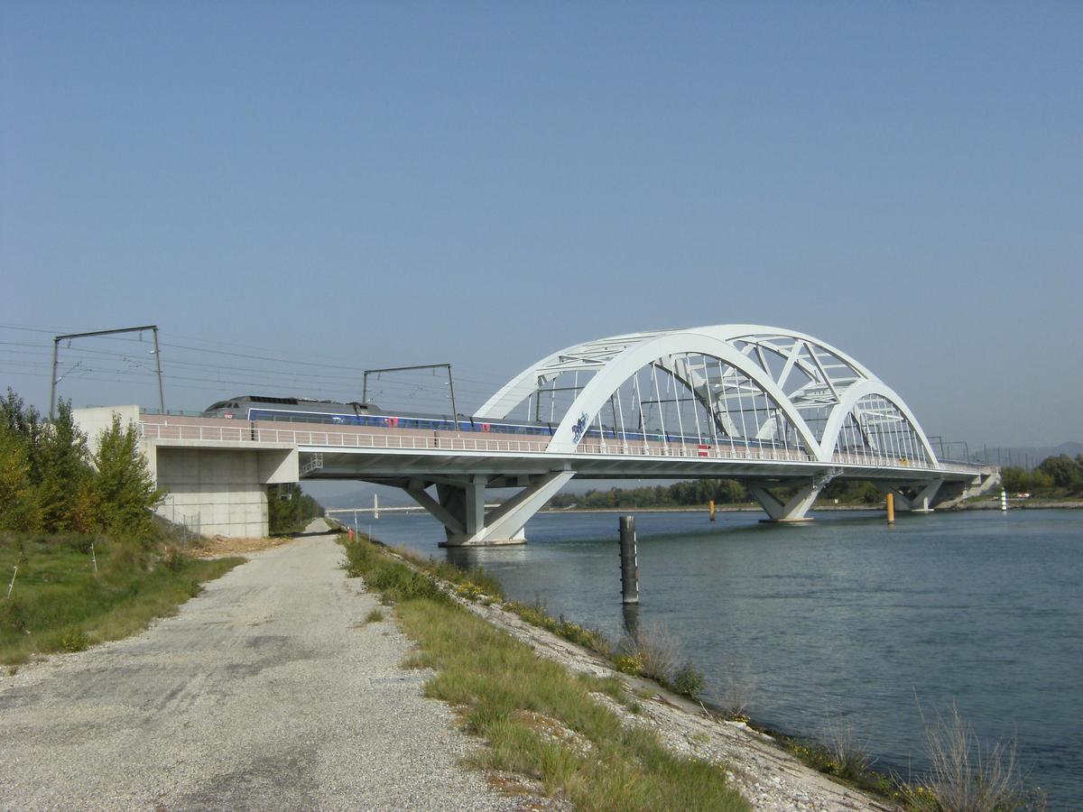 Garde-Adhémar Viaduct