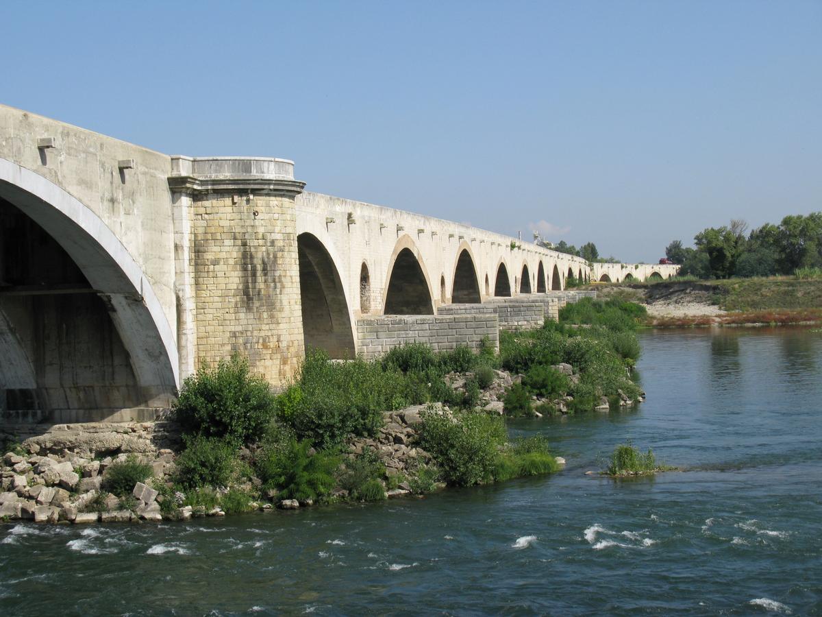 Pont du Saint-Esprit