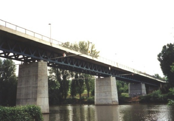 Neckar River Bridge between Kirchheim and Gemmrigheim (1997)