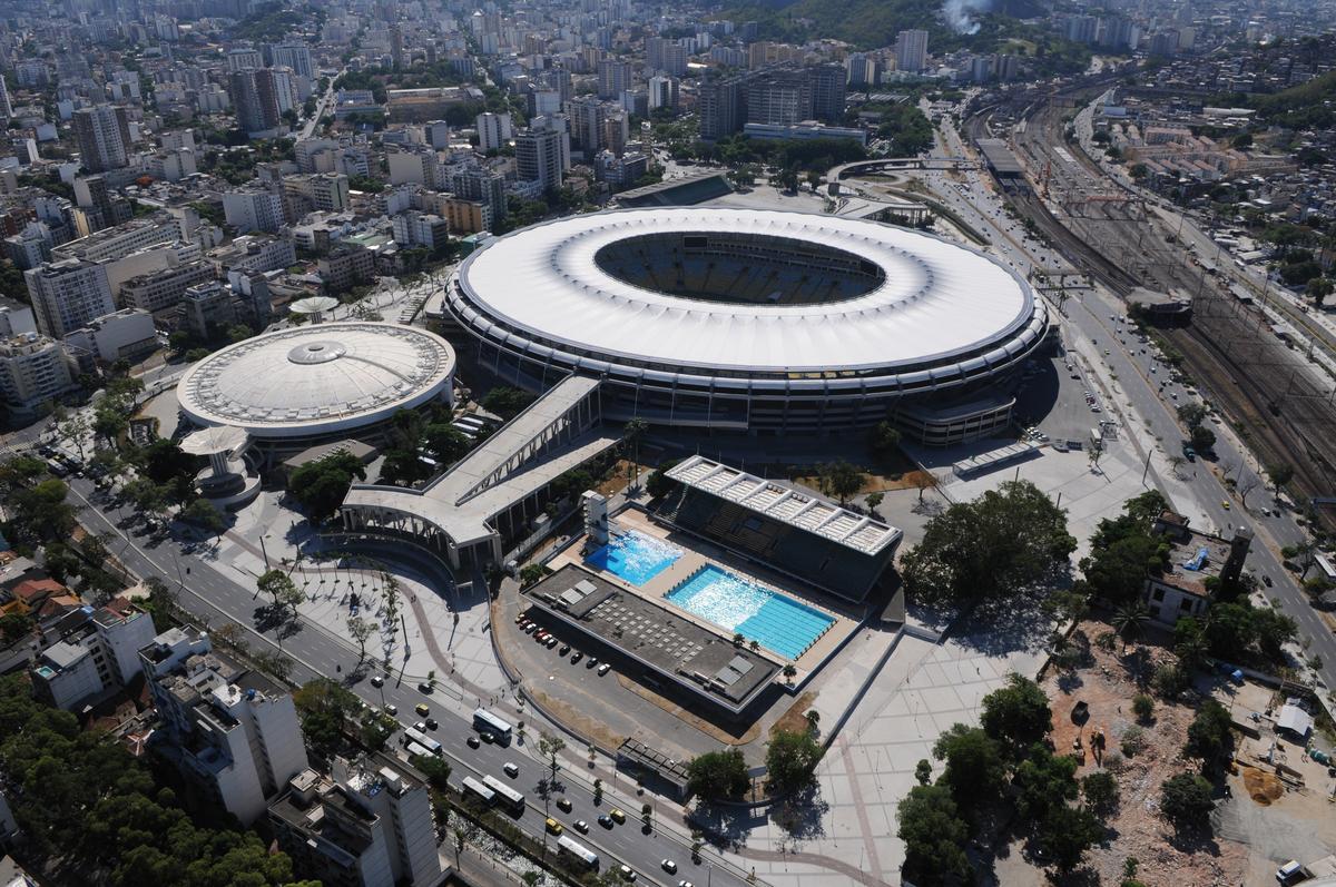 Estádio Jornalista Mário Filho, Städtisches Stadion von Maracanã, Brasilianische Stadien mit deutscher Entwässerung