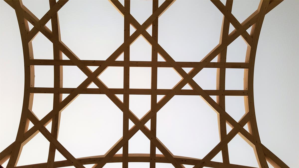 Islamisch-tradierte Bauform: Die Träger bilden mitunter Achtecke aus.