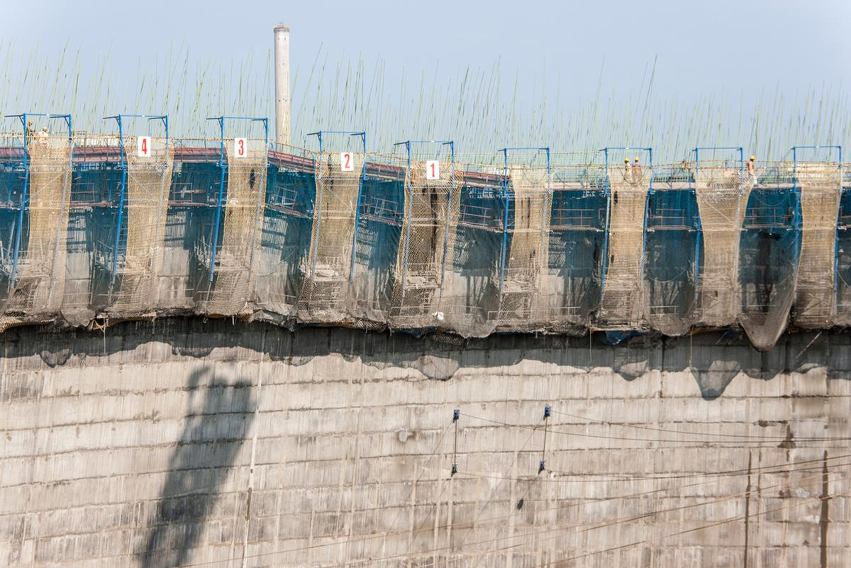 The Doka cooling tower formwork SK175 enables concreting in 1-day cycles.