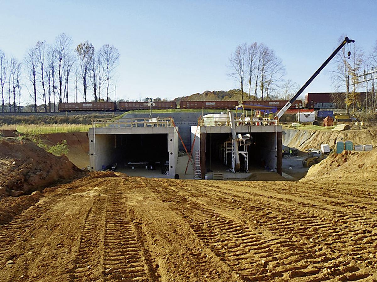 Der Liberty University Tunnel verläuft durch einen Bahndamm
