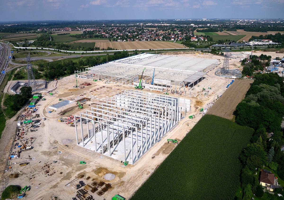 Baustelle der neuen Paulaner Brauerei aus der Vogelperspektive
