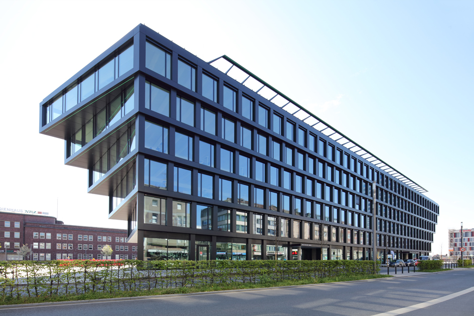 Mercator One Office Building in Duisburg The Mercator One office and commercial building in downtown Duisburg was designed by Hadi Teherani Architects. With it, they have set a memorable architectural example for Duisburg.