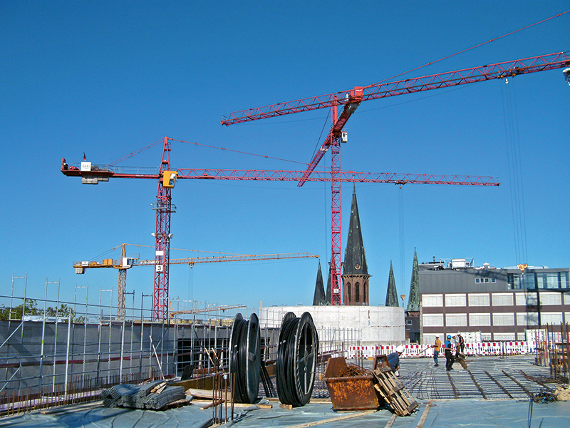 View from one flat slab of the Schlosshoefe to the blue sky over Oldenburg