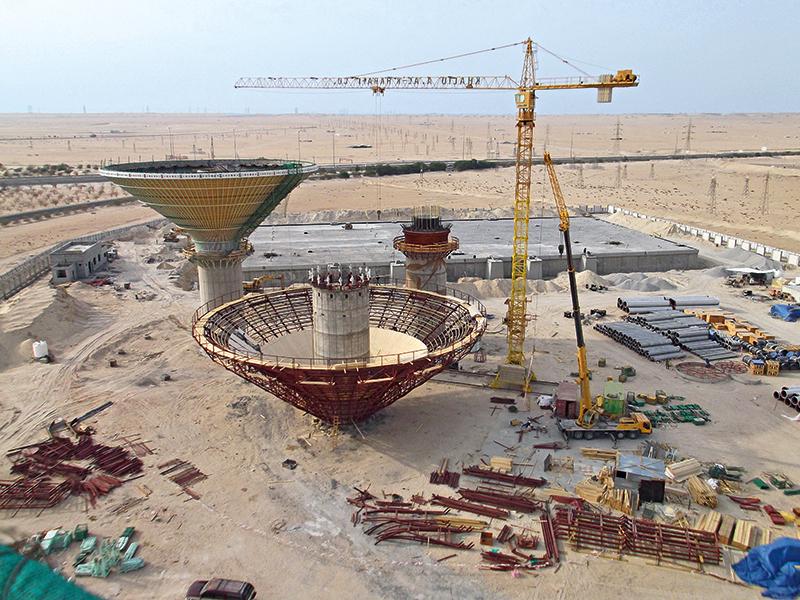 Each water tank has a diameter of 32 m at its upper rim.