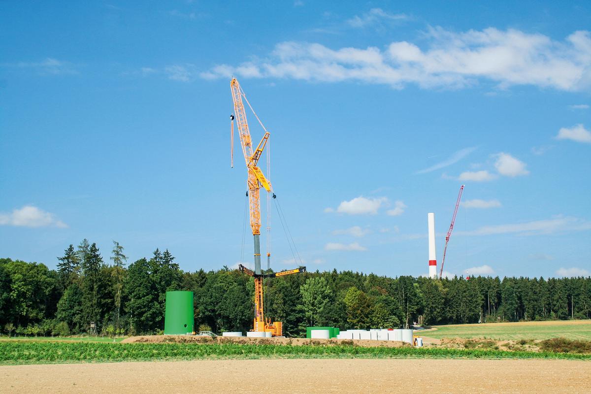 Das Bürgerwindprojekt Walting bei Eichstätt besteht aus drei Windtürmen.