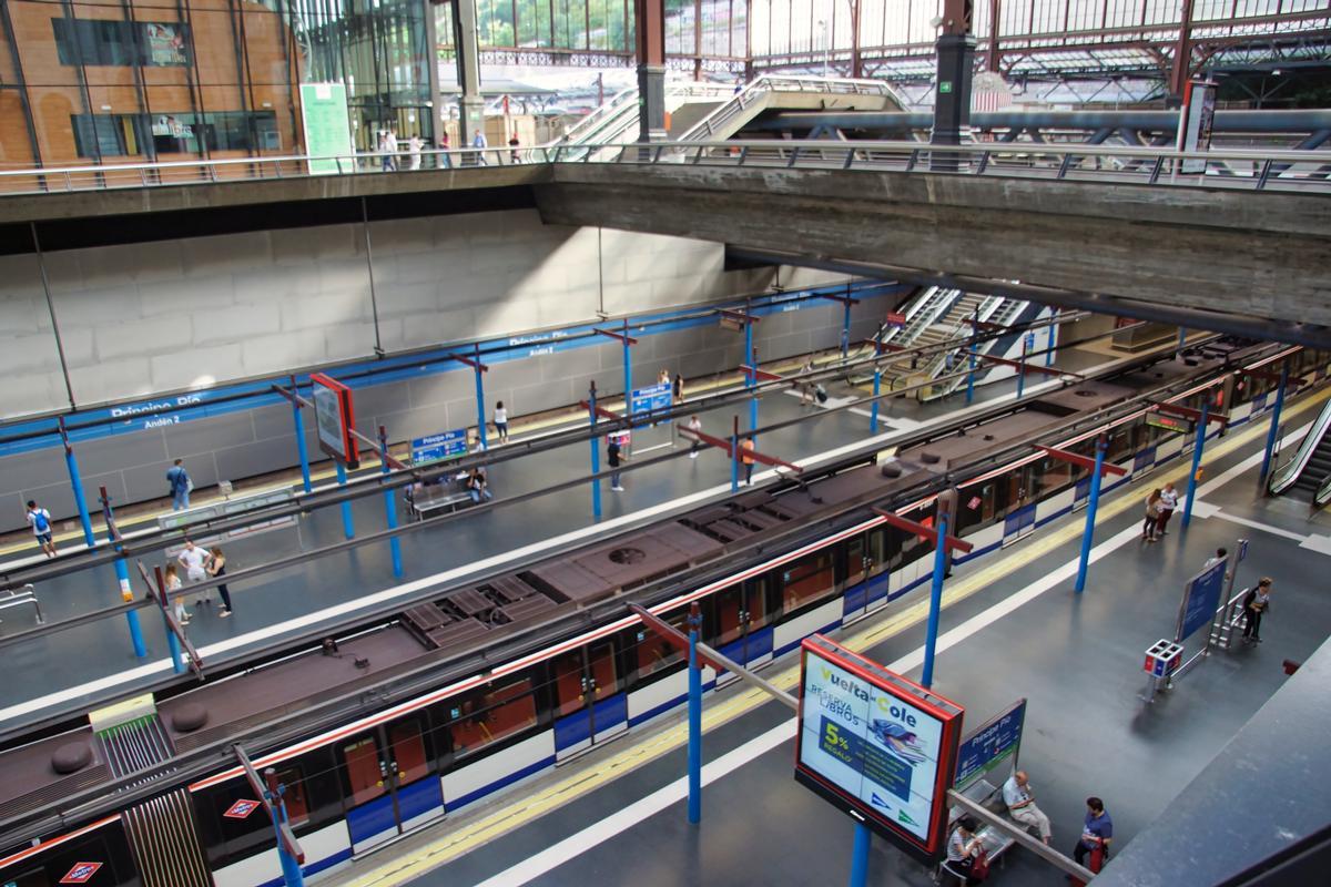 Príncipe Pío Metro Station Centro Moncloa Aravaca Structurae