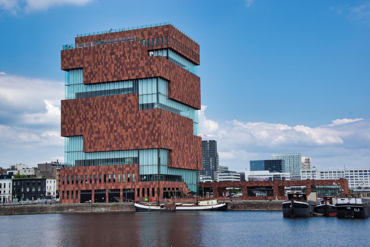 Museum aan de Stroom (MAS)