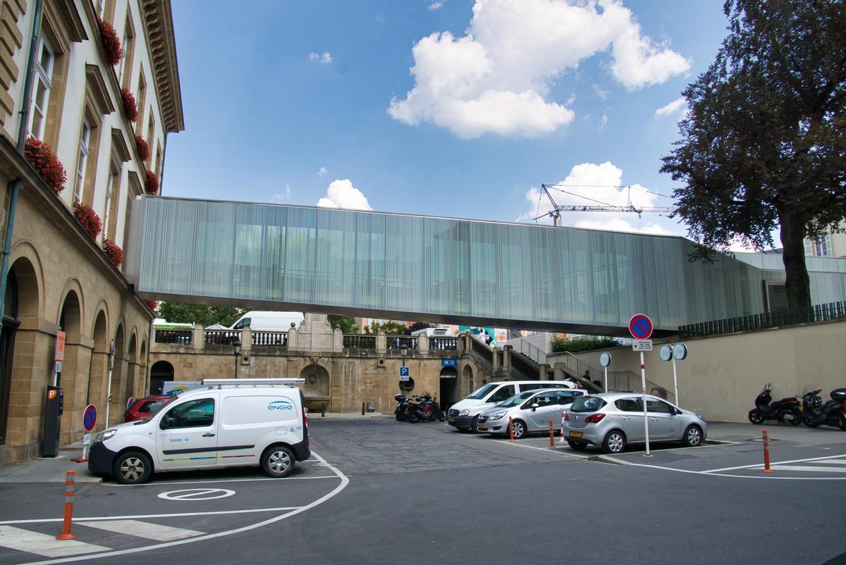 Verbindungsbrücke Bierger-Center