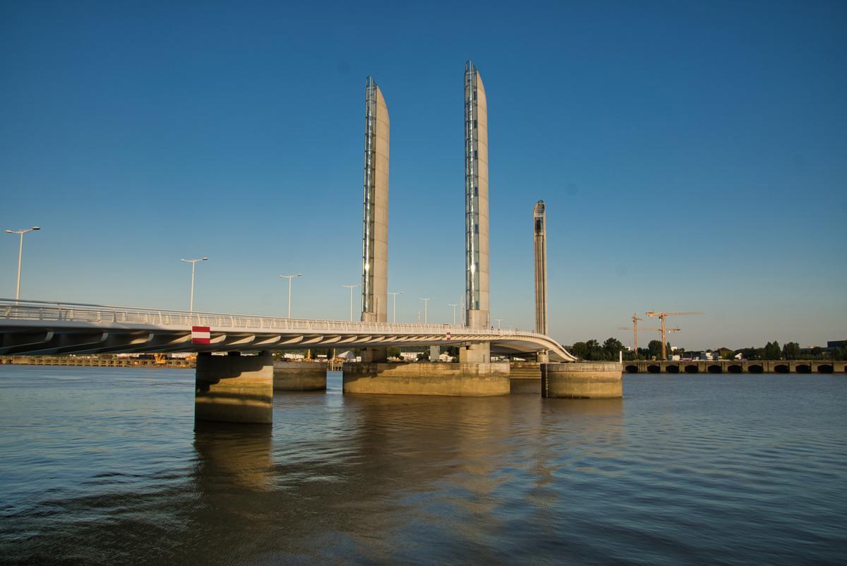Jacques-Chaban-Delmas-Brücke