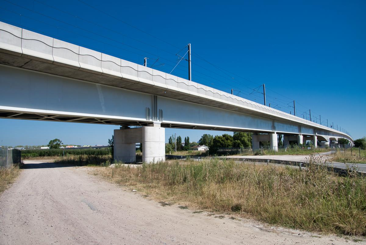 Cubzac High-Speed Rail Bridge