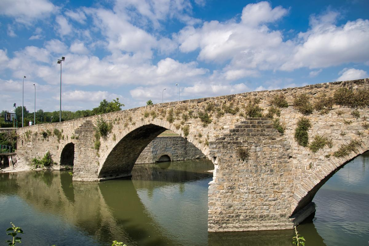 Pointed arch bridges from around the world | Structurae
