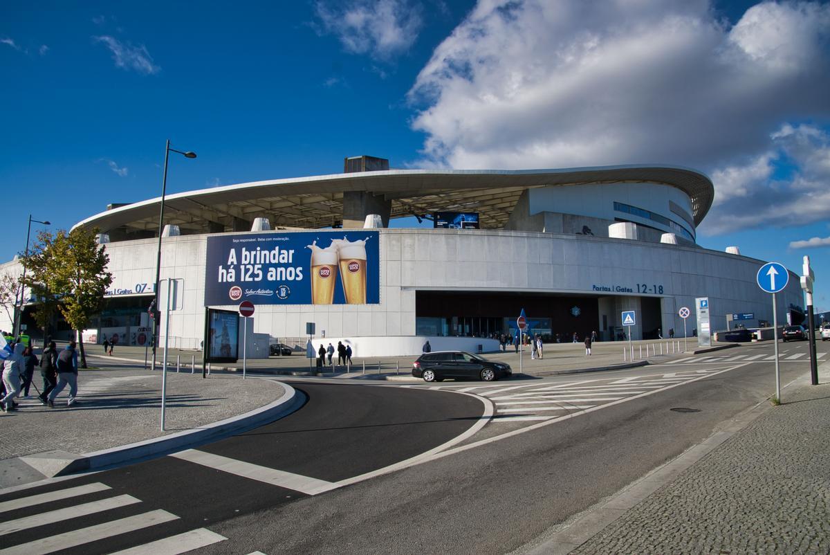 Drachen-Stadion