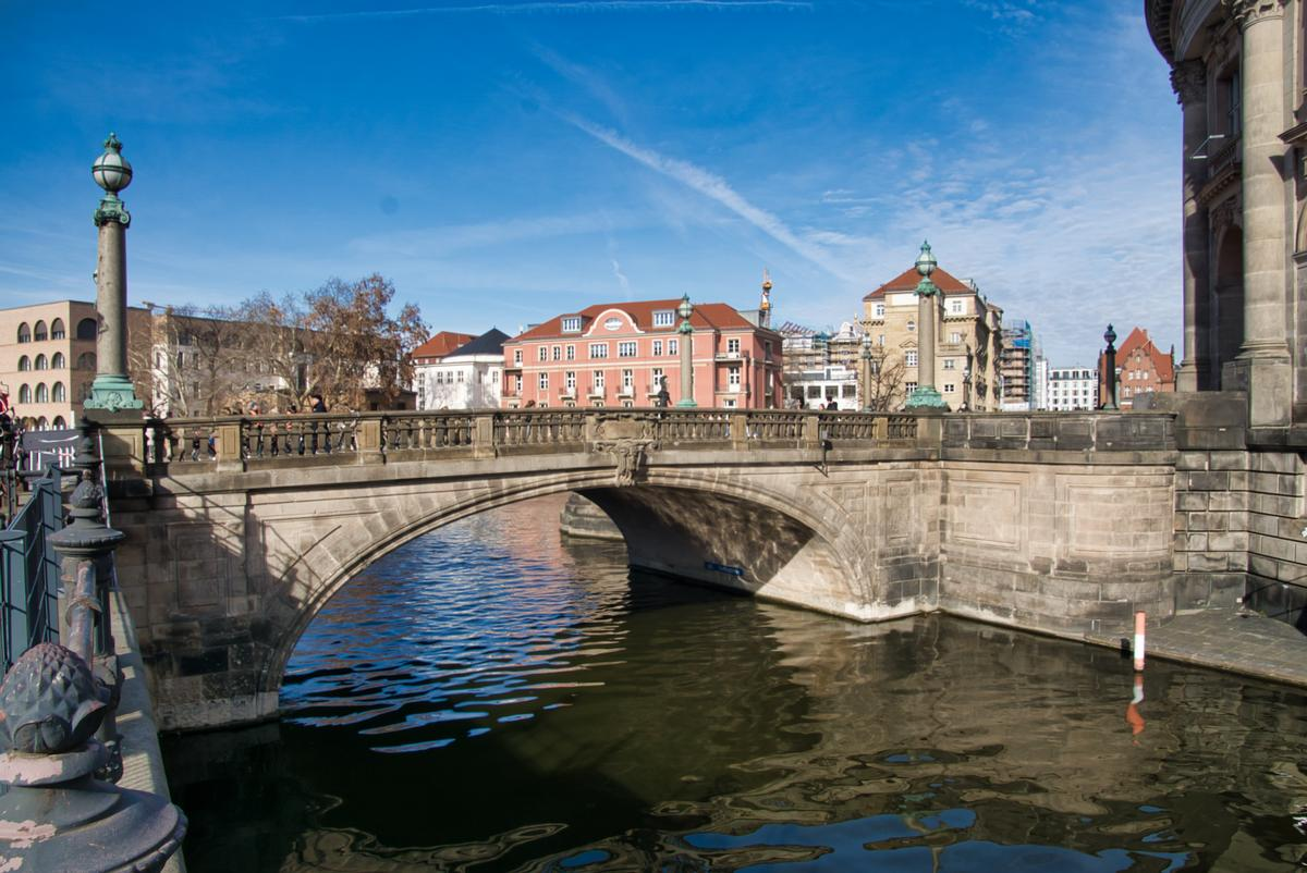 Monbijoubrücke